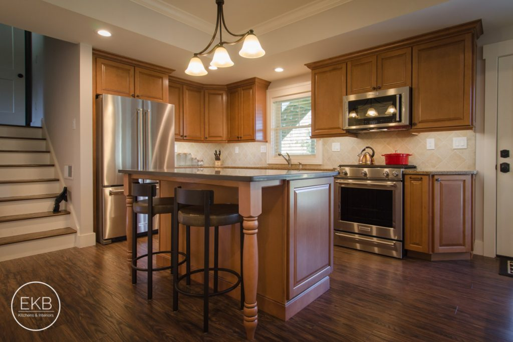 Kitchen Renovations and Custom Cabinetry New Windsor New York, #1 Supplier and Experienced Installer in the area for Kitchen Renovations, Cabinets Selections and Custom Cabinetry in New Windsor.